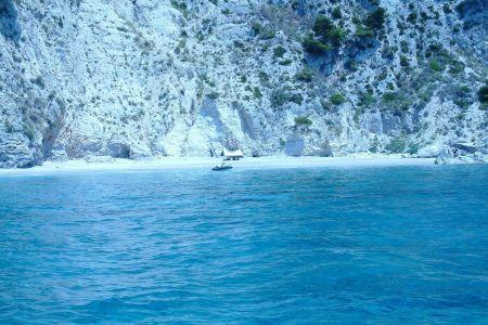 corfu-rent-a-boat-ampelaki-boats-26.jpg